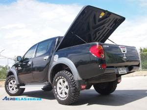 Mitsubishi L200 2006-2013 крышка SPEED Aeroklas из ABS пластика