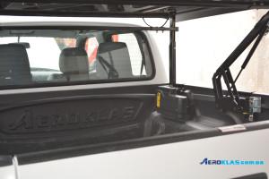 Mazda BT-50 2006-2012 крышка AVIATOR Aeroklas из ABS пластика